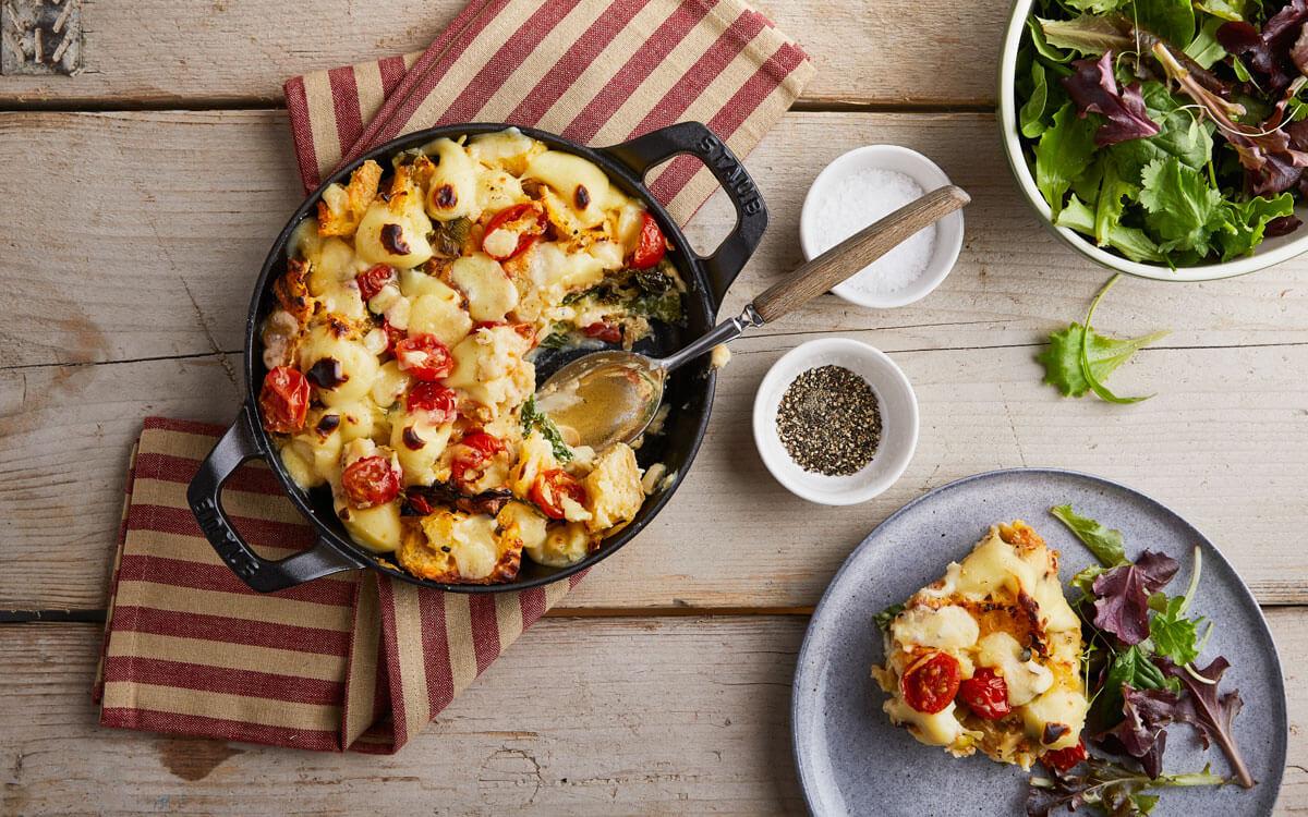 Cazuela de queso, chirivía y kale